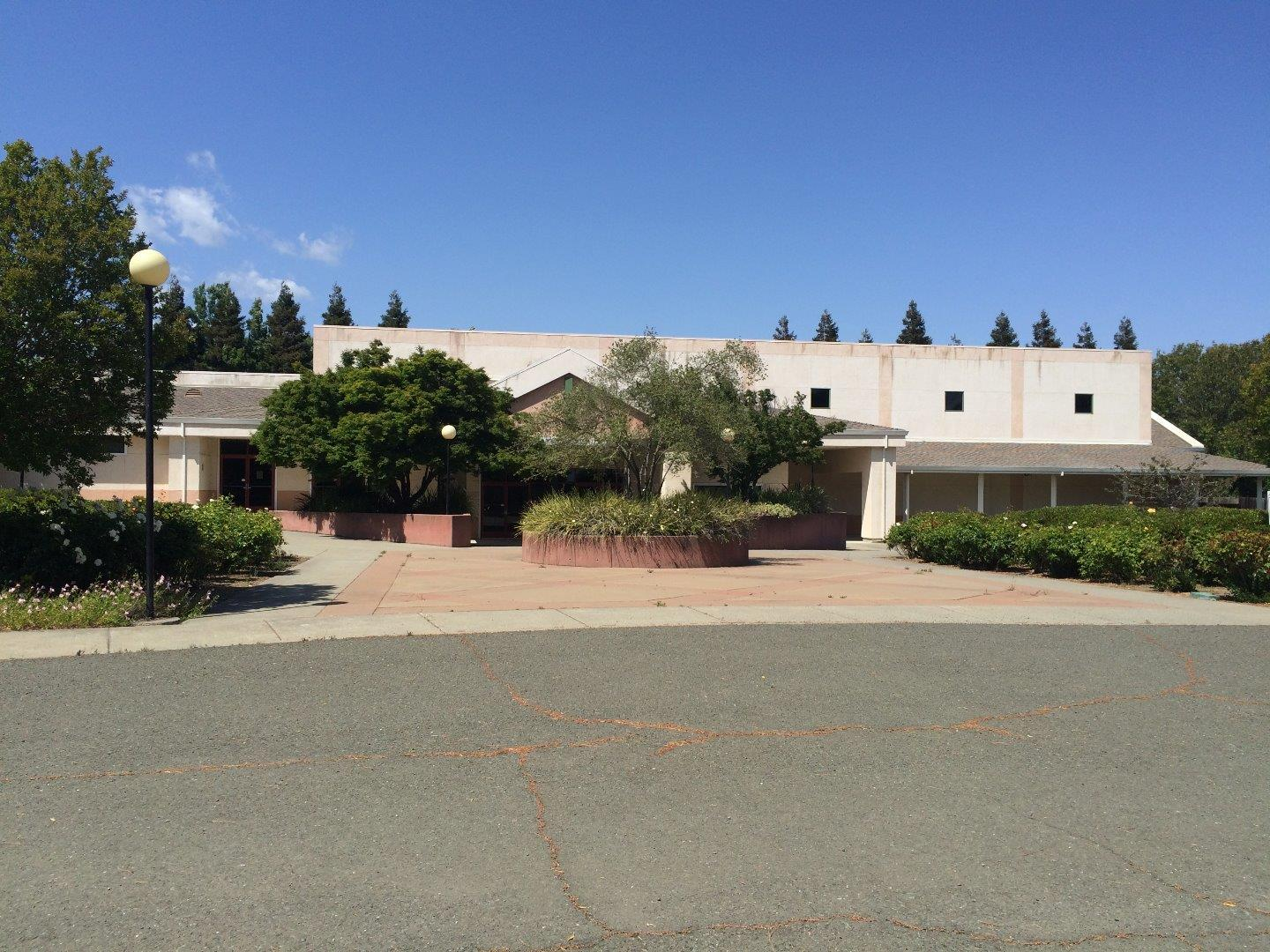 Commercial for Sale at 2100 Pennsylvania 2100 Pennsylvania Fairfield, California 94533 United States