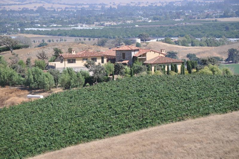 Einfamilienhaus für Verkauf beim 7400 Pacheco Pass Highway 7400 Pacheco Pass Highway Hollister, Kalifornien 95023 Vereinigte Staaten