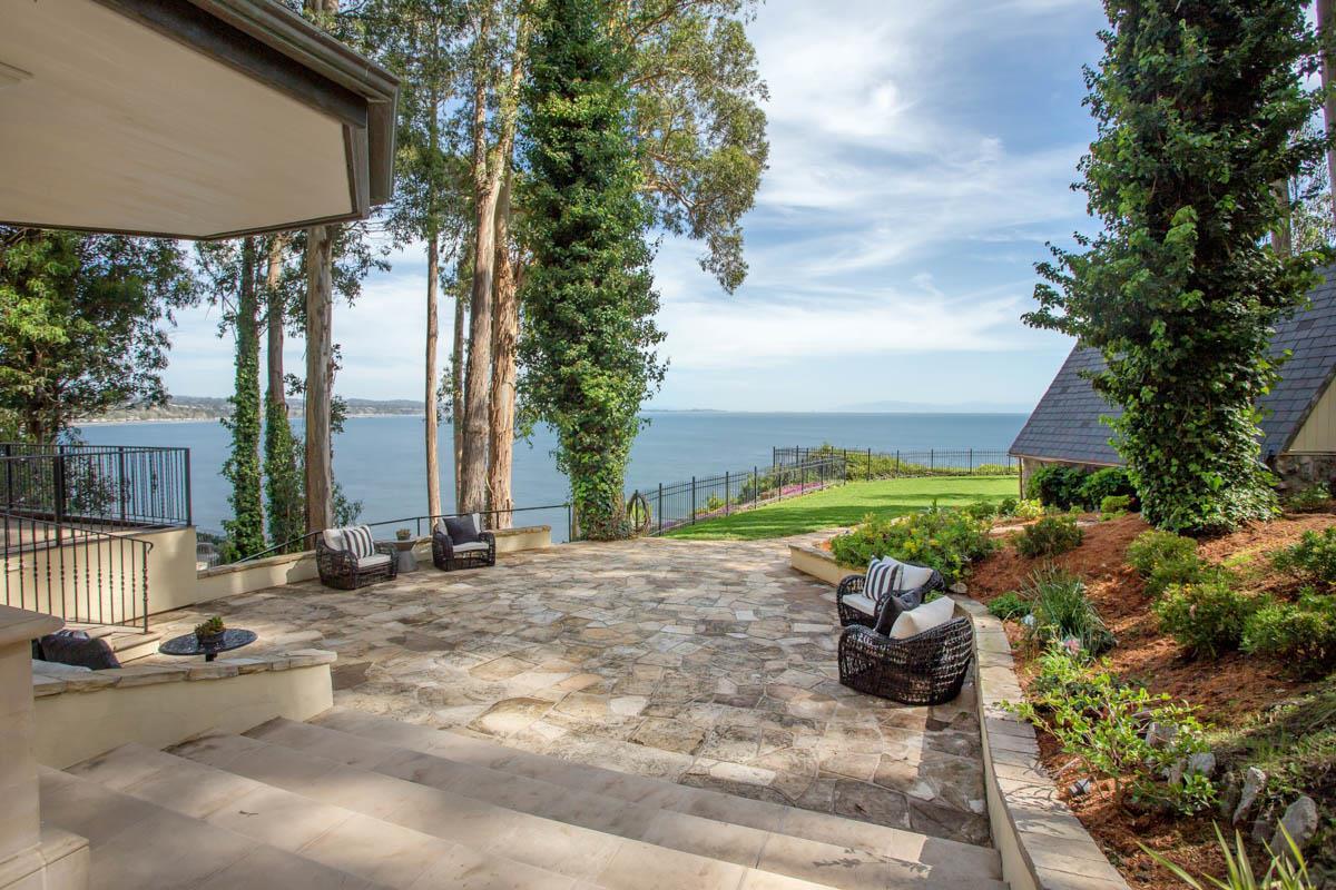 獨棟家庭住宅 為 出售 在 722 Escalona Drive Capitola, 加利福尼亞州 95010 美國