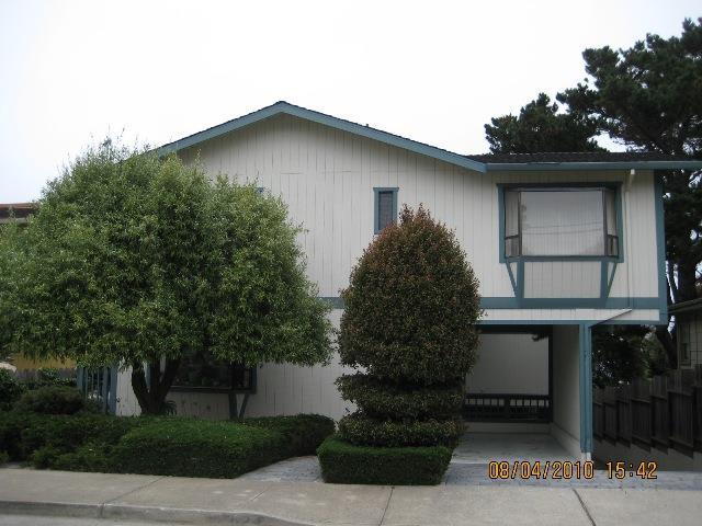 多戶家庭房屋 為 出售 在 624 Spencer Street 624 Spencer Street Monterey, 加利福尼亞州 93940 美國