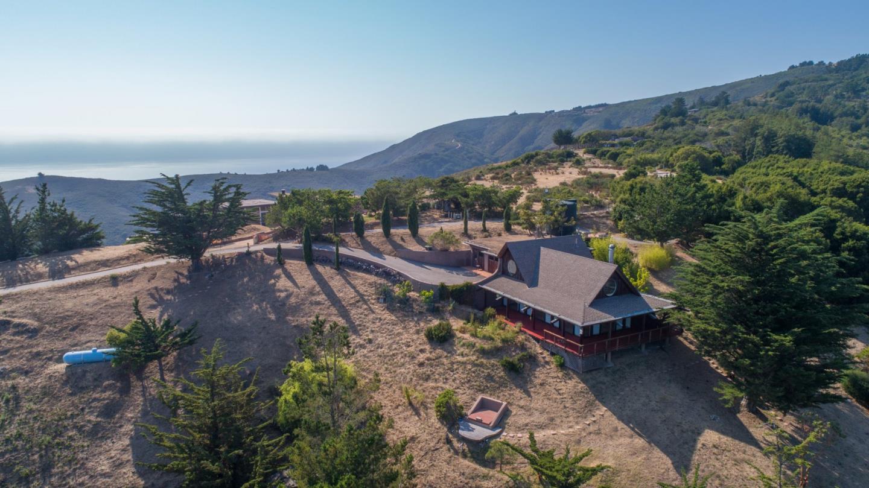 واحد منزل الأسرة للـ Sale في 46977 Clear Ridge Road Big Sur, California 93920 United States