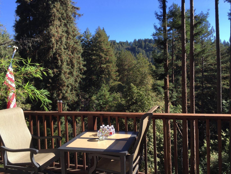 واحد منزل الأسرة للـ Sale في 892 Forest Way Ben Lomond, California 95005 United States