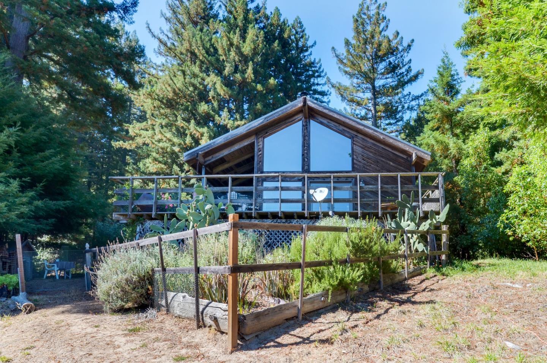 Maison unifamiliale pour l Vente à 28372 Big Basin Way Boulder Creek, Californie 95006 États-Unis