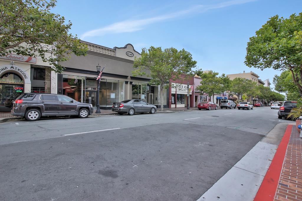 獨棟家庭住宅 為 出租 在 458 Alvarado Street Monterey, 加利福尼亞州 93940 美國