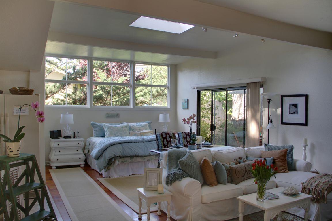 Частный односемейный дом для того Аренда на 26200 Mesa Drive 26200 Mesa Drive Carmel, Калифорния 93923 Соединенные Штаты