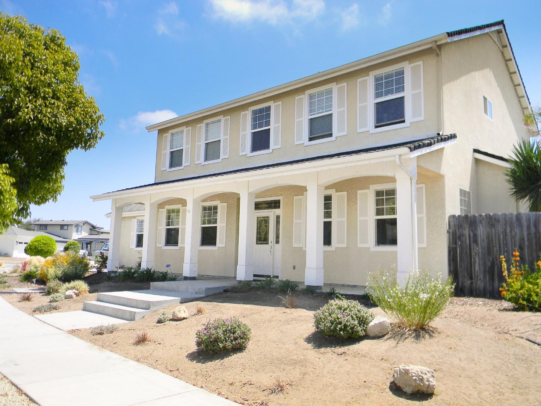 Частный односемейный дом для того Продажа на 1489 Blueberry Avenue Arroyo Grande, Калифорния 93420 Соединенные Штаты