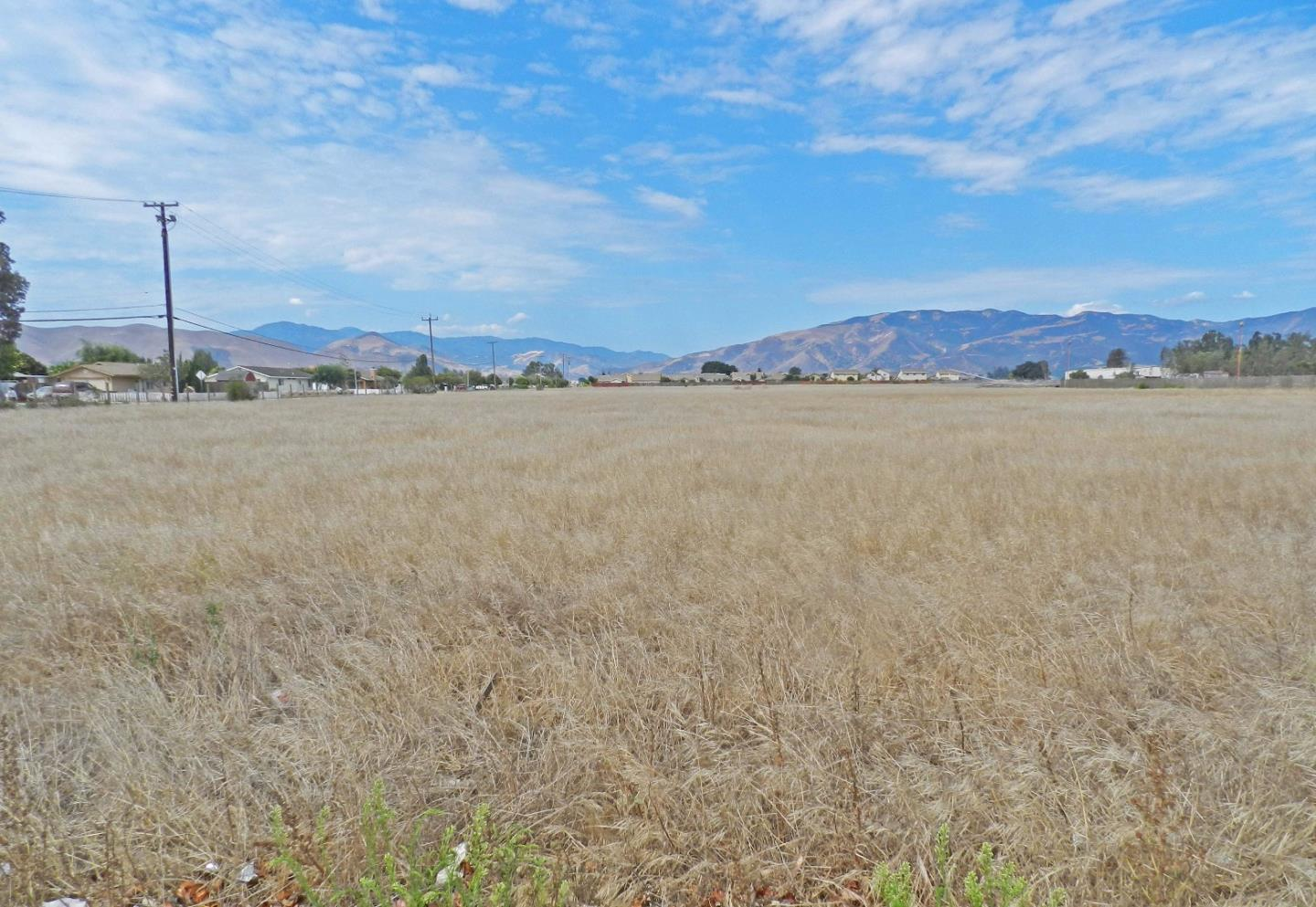 Land for Sale at 1002 Walnut Avenue Greenfield, California 93927 United States
