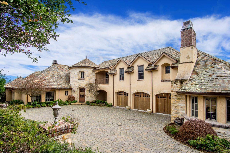 Maison unifamiliale pour l Vente à 7568 Paseo Vista Place Monterey, Californie 93940 États-Unis