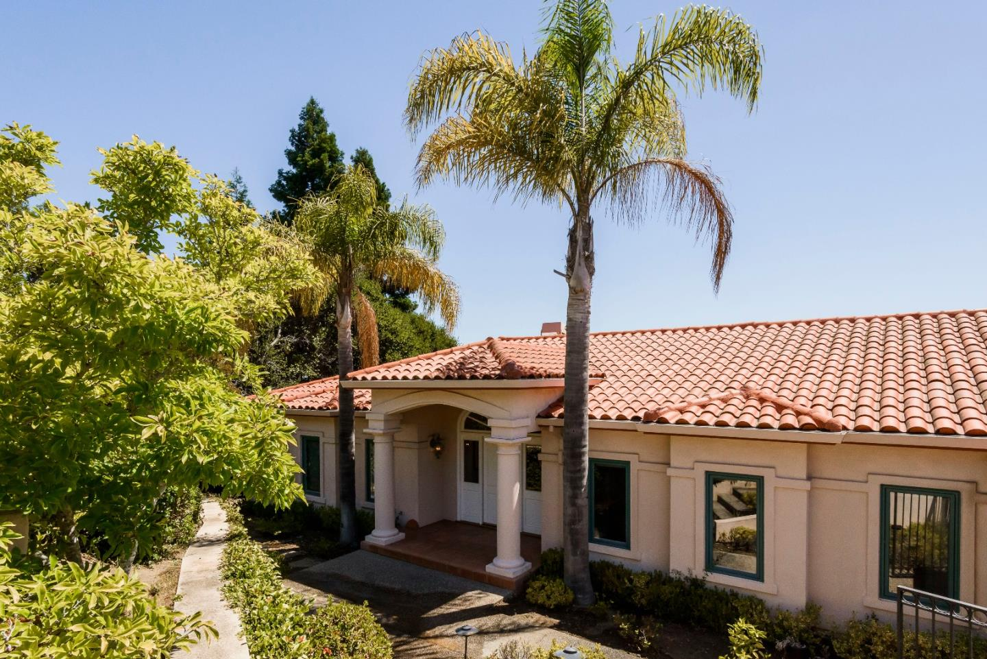 35 Sugar Hill Drive, HILLSBOROUGH, CA 94010