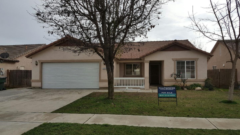 3727 E Vista Drive, VISALIA, CA 93292