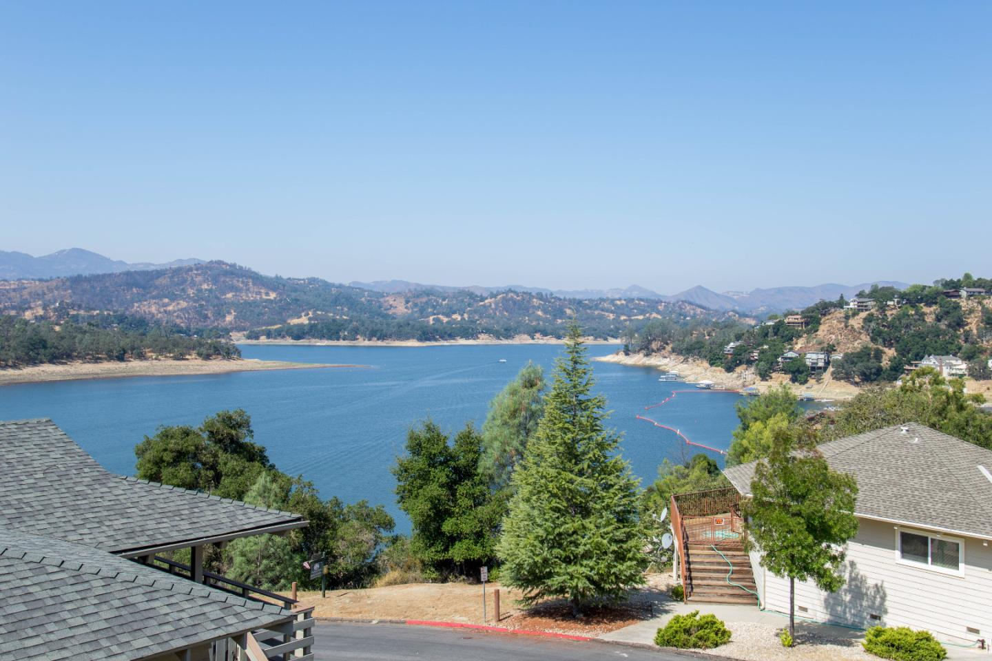 Single Family Home for Sale at 8132 Smith Point Road 8132 Smith Point Road Bradley, California 93426 United States