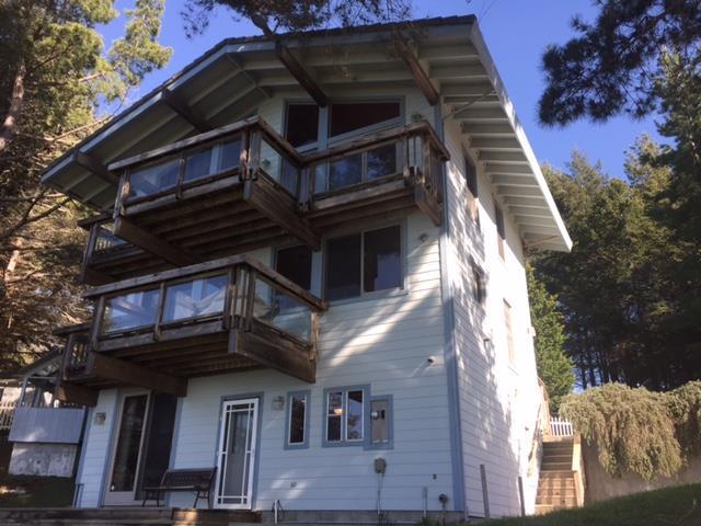 Частный односемейный дом для того Продажа на 27 Eel Court 27 Eel Court Whitethorn, Калифорния 95589 Соединенные Штаты