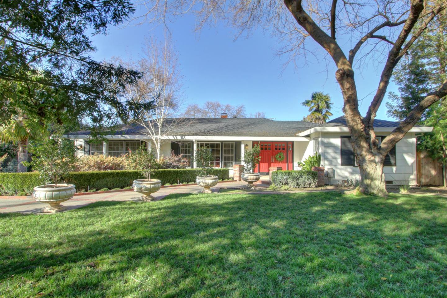 Single Family Home for Sale at 2651 Sierra Boulevard Sacramento, California 95864 United States