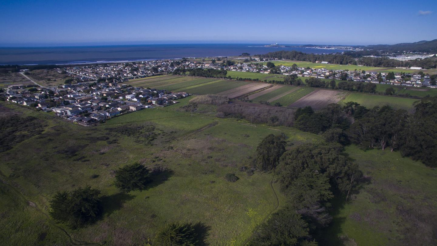 Additional photo for property listing at GRANDVIEW Terrace GRANDVIEW Terrace Half Moon Bay, Californie 94019 États-Unis