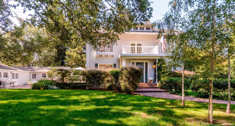 واحد منزل الأسرة للـ Sale في 1492 Webster Street Palo Alto, California 94301 United States