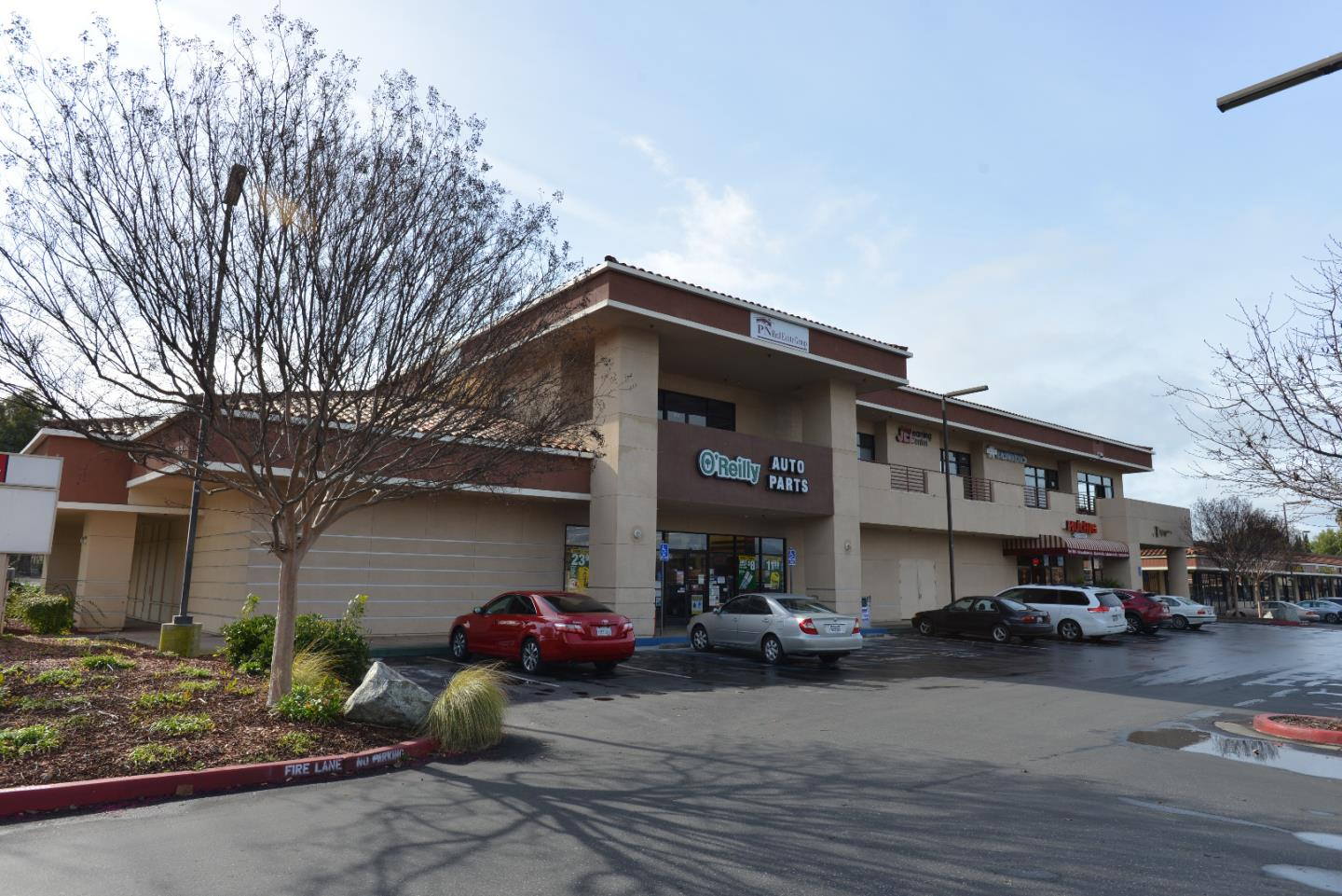 Commercial للـ Sale في 2850 Quimby Road 2850 Quimby Road San Jose, California 95148 United States