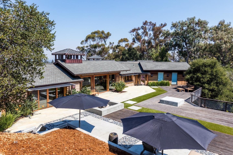 Maison unifamiliale pour l Vente à 20560 Montalvo Lane Saratoga, Californie 95070 États-Unis