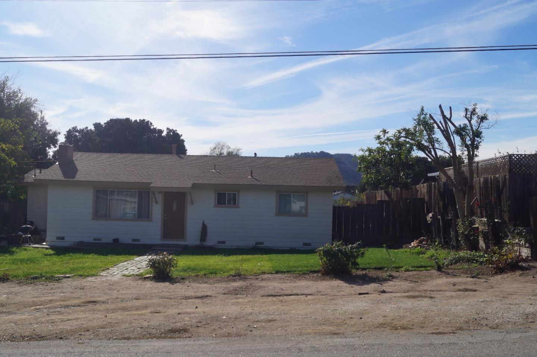 Casa Unifamiliar por un Venta en 45030 Merritt Street King City, California 93930 Estados Unidos