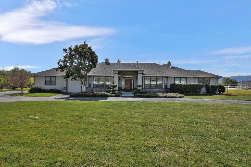 Single Family Home for Sale at 5634 Sundown Lane Tres Pinos, California 95075 United States