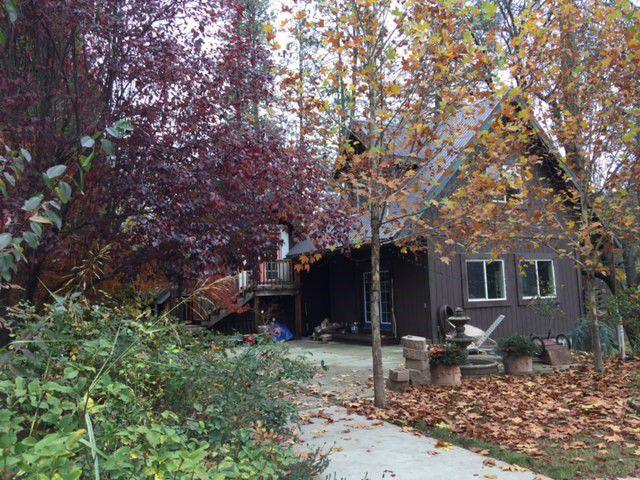Single Family Home for Sale at 100 Wellock Road 100 Wellock Road Lewiston, California 96052 United States