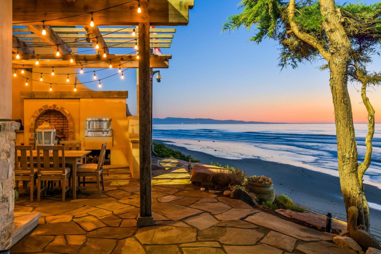 Einfamilienhaus für Verkauf beim 1443 San Andreas Road La Selva Beach, Kalifornien 95076 Vereinigte Staaten