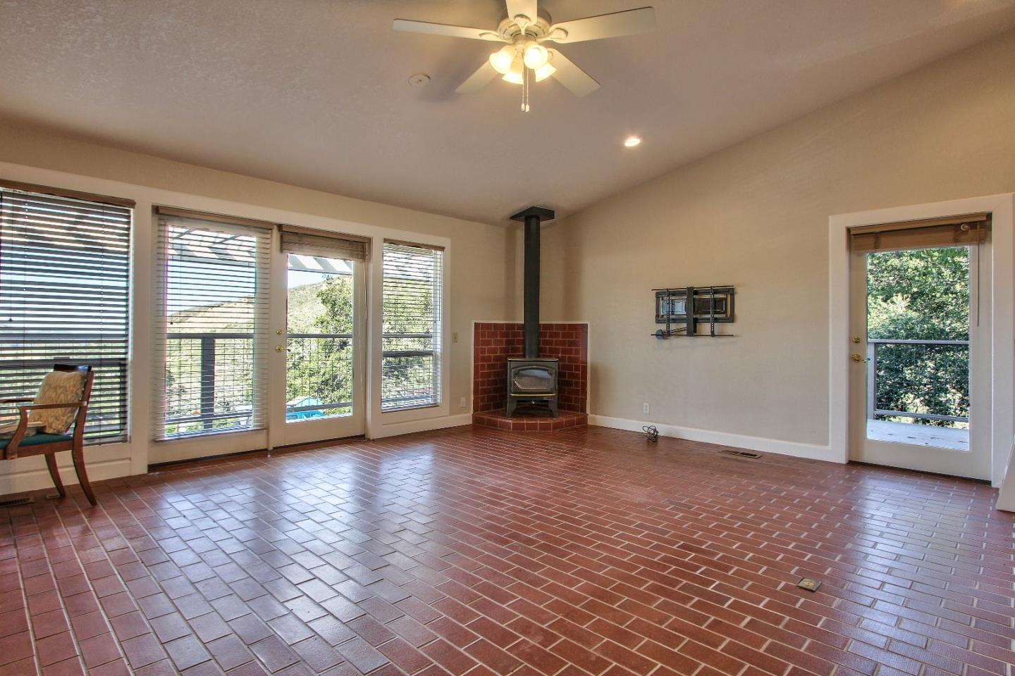 Additional photo for property listing at 26455 Tierra Vista Lane  Salinas, Kalifornien 93908 Vereinigte Staaten