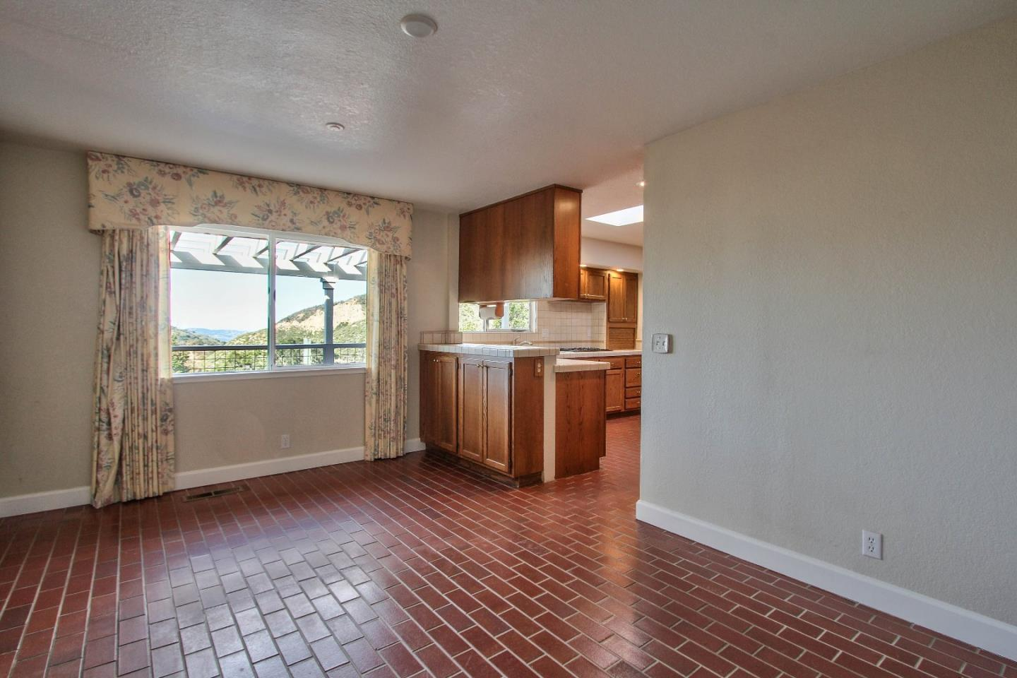 Additional photo for property listing at 26455 Tierra Vista Lane  Salinas, 加利福尼亞州 93908 美國