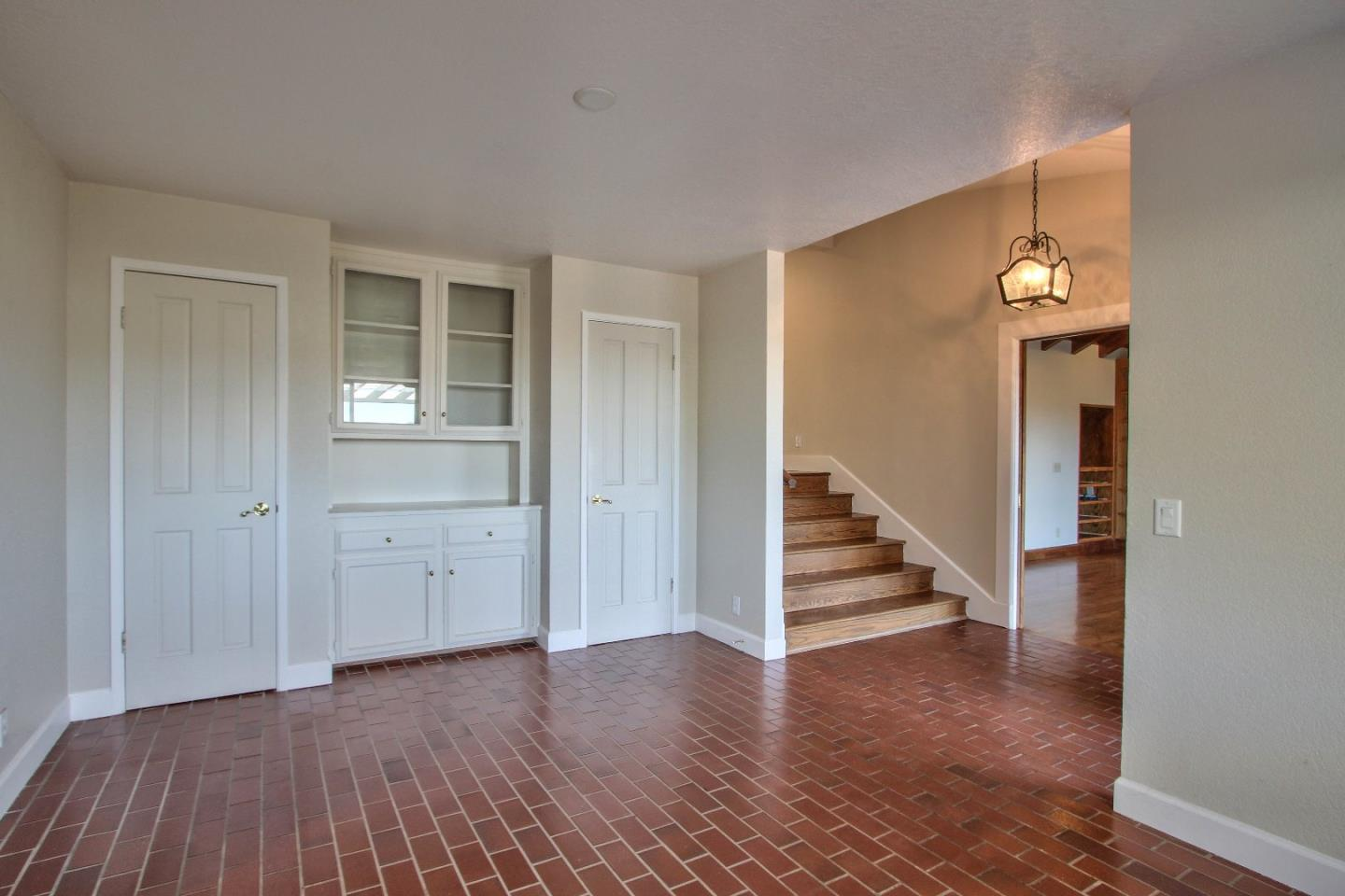 Additional photo for property listing at 26455 Tierra Vista Lane  Salinas, Californie 93908 États-Unis