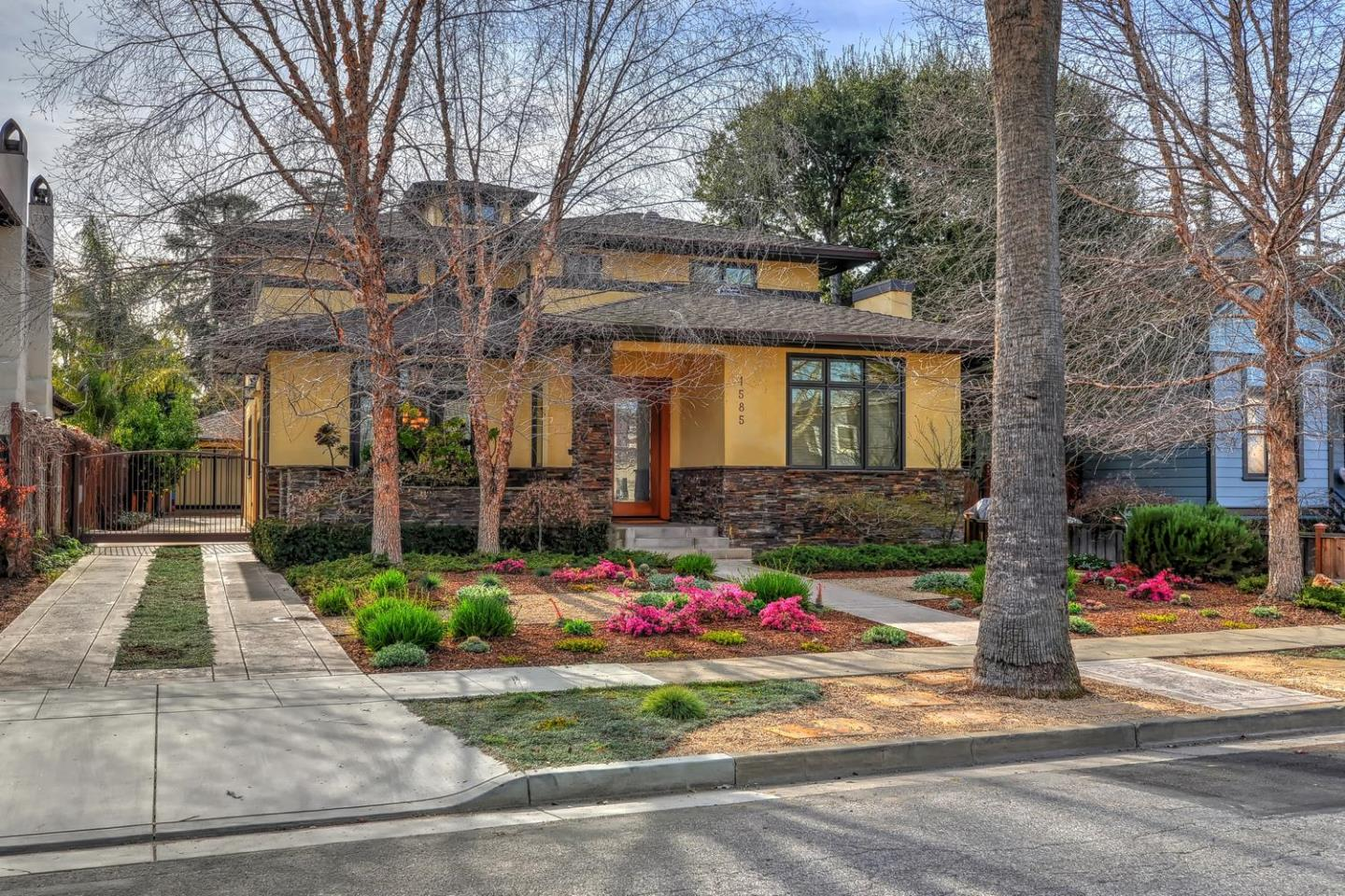 Additional photo for property listing at 1585 Newport Avenue  San Jose, California 95125 Estados Unidos