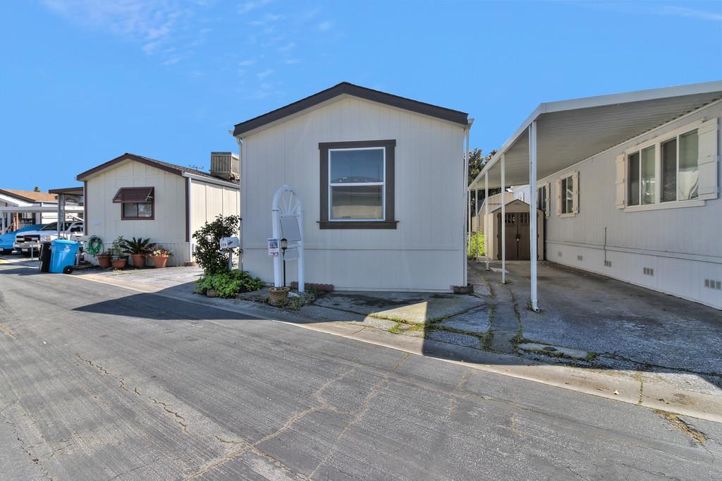 3015 E Bayshore Road, REDWOOD CITY, CA 94063