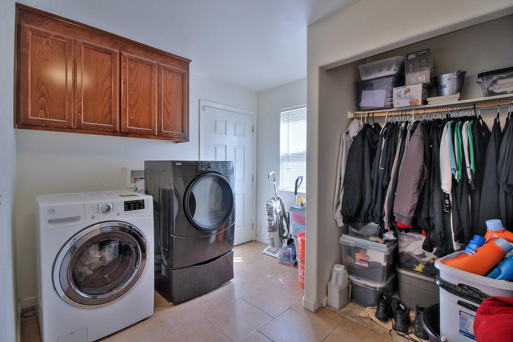 Additional photo for property listing at 37547 Mission Boulevard 37547 Mission Boulevard Fremont, カリフォルニア 94536 アメリカ合衆国