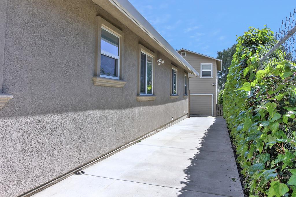 Additional photo for property listing at 37547 Mission Boulevard  Fremont, Kalifornien 94536 Vereinigte Staaten