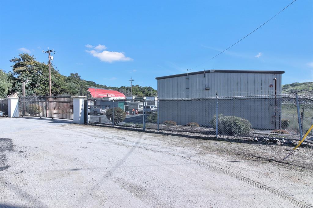 Additional photo for property listing at 2960 San Juan Road  Aromas, Californie 95004 États-Unis