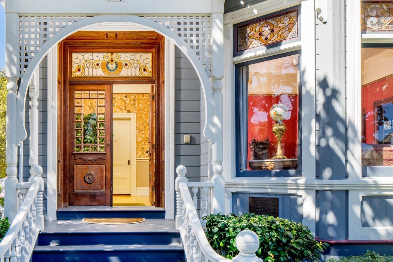 Einfamilienhaus für Verkauf beim 230 6th Street Pacific Grove, Kalifornien 93950 Vereinigte Staaten