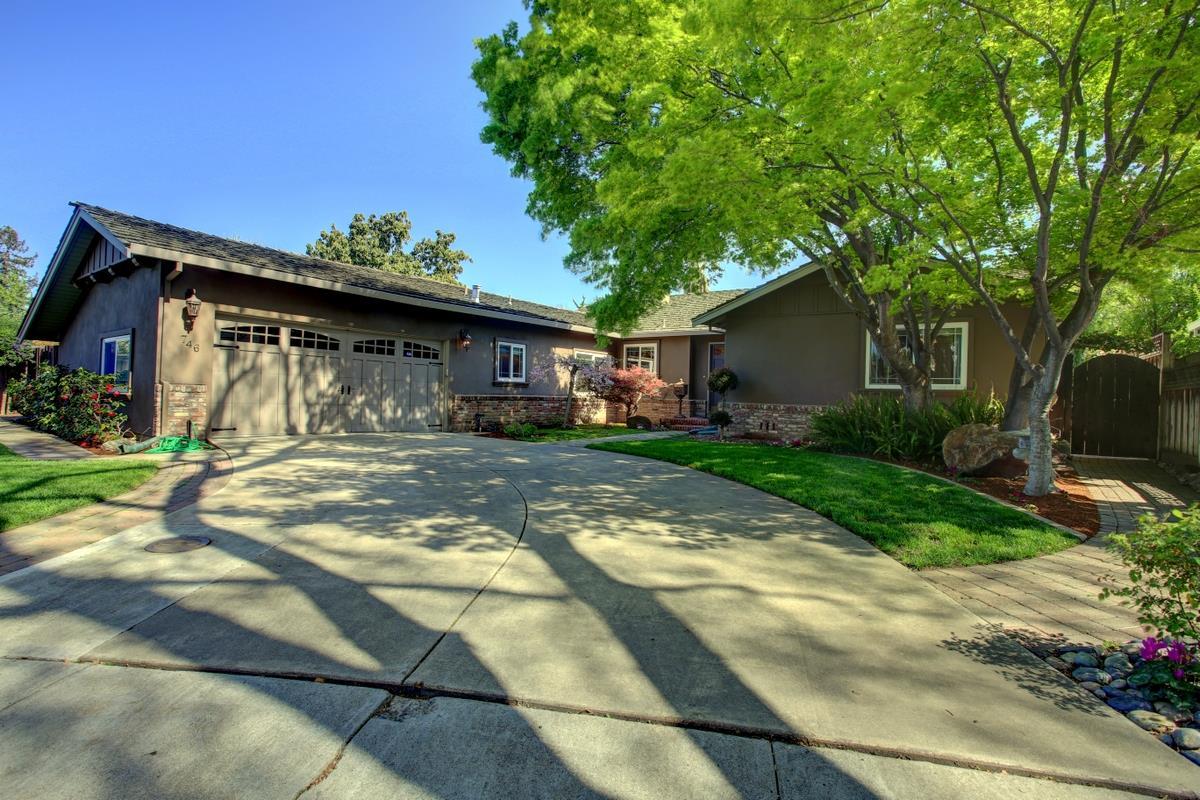 746 College Avenue, SANTA CLARA, CA 95050