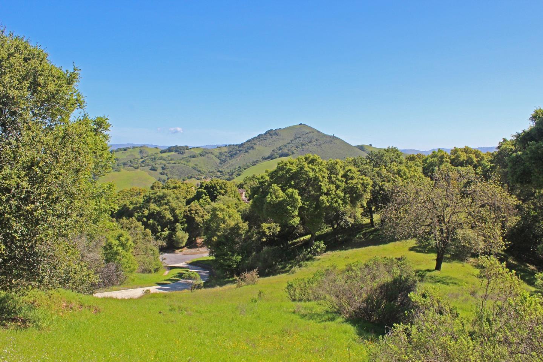 Terrain pour l Vente à 2430 Rockwood Ranch Road Morgan Hill, Californie 95037 États-Unis