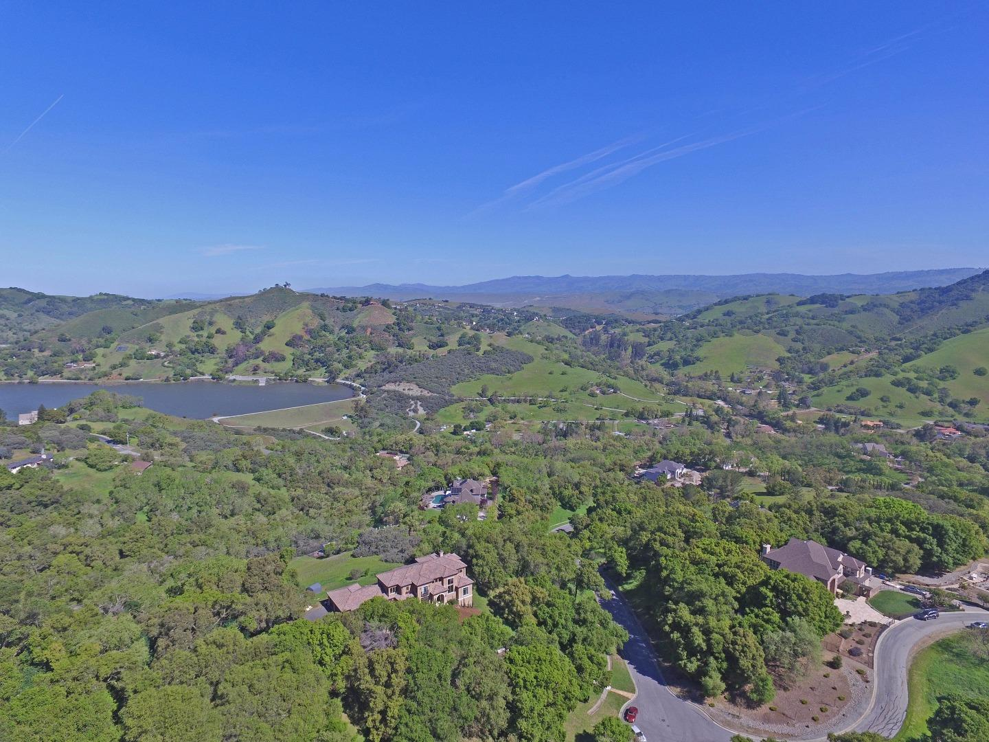 Additional photo for property listing at 2430 Rockwood Ranch Road  Morgan Hill, Californie 95037 États-Unis