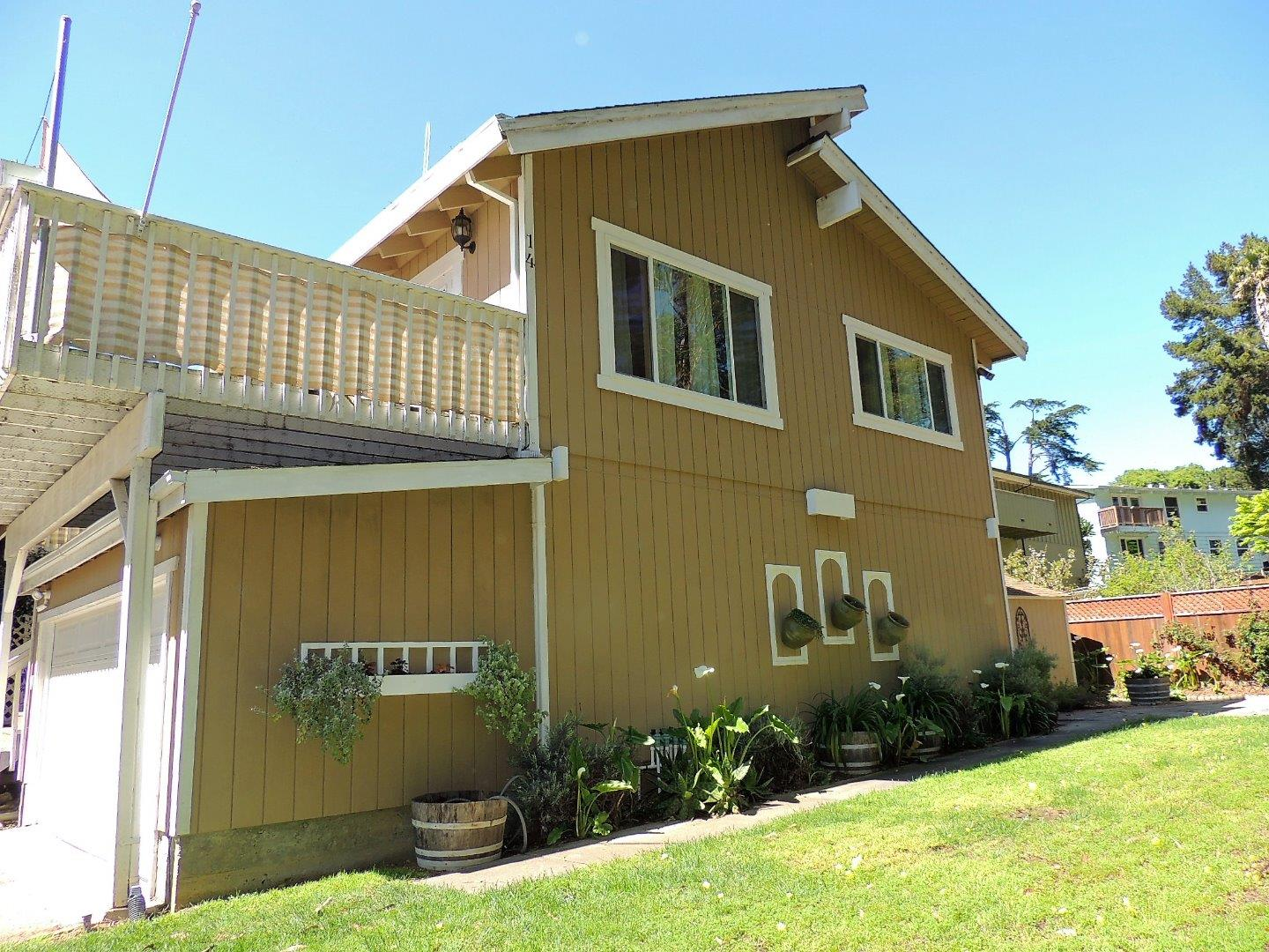 Additional photo for property listing at 14 Mar Monte Avenue  La Selva Beach, California 95076 United States