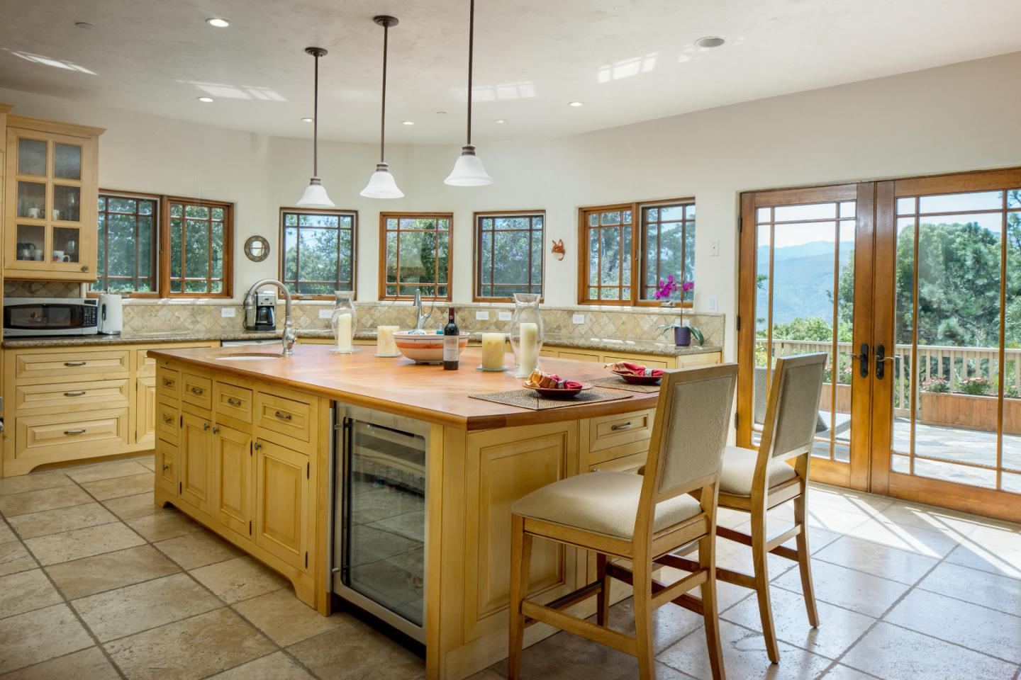 Additional photo for property listing at 175 Chaparral Road  Carmel Valley, カリフォルニア 93924 アメリカ合衆国