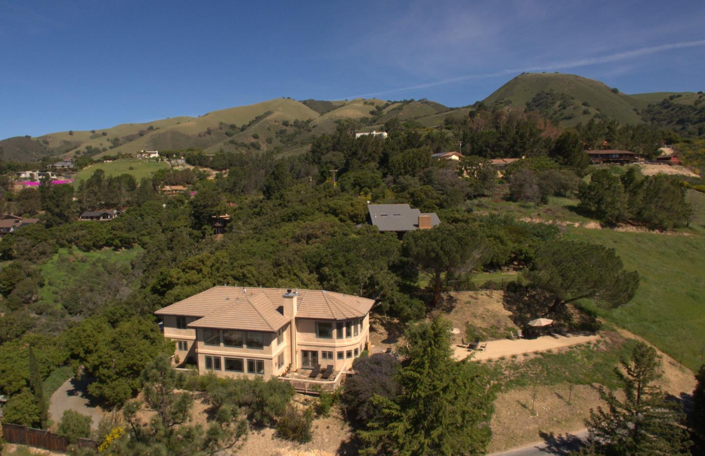 Additional photo for property listing at 175 Chaparral Road  Carmel Valley, 加利福尼亞州 93924 美國