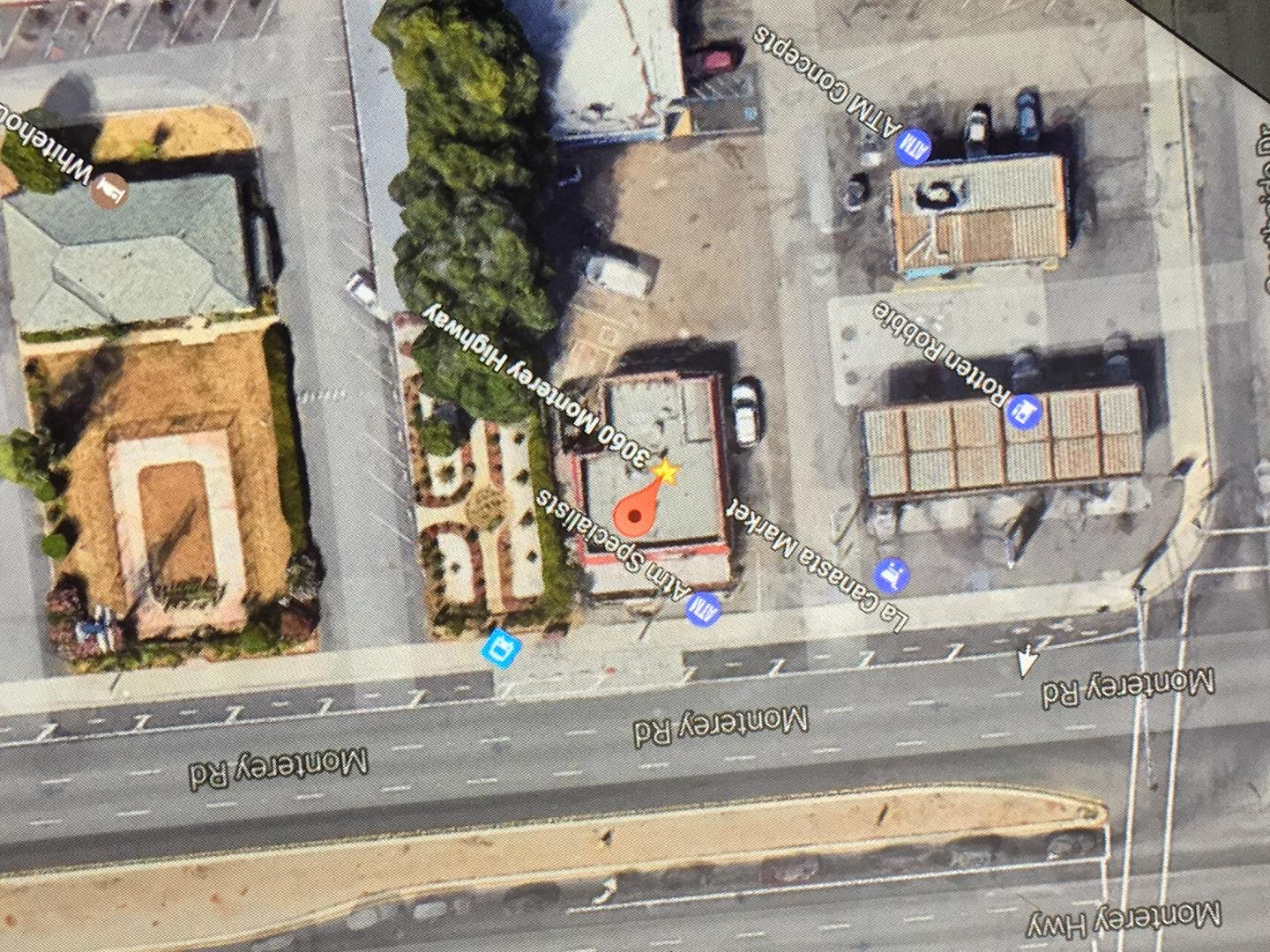 Additional photo for property listing at 3060 Monterey Highway  San Jose, California 95111 United States