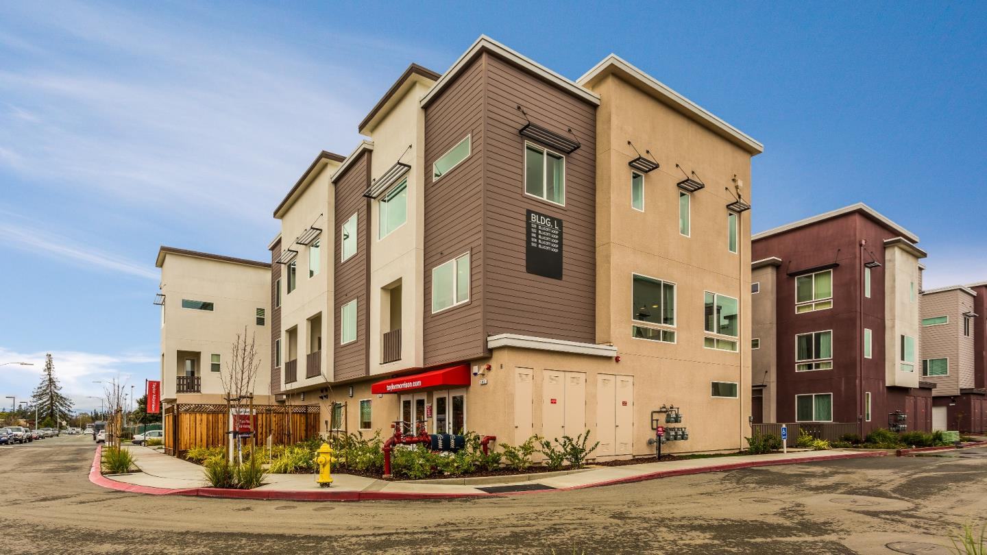 Condominio por un Venta en 5561 Great Oaks Parkway 5561 Great Oaks Parkway San Jose, California 95123 Estados Unidos