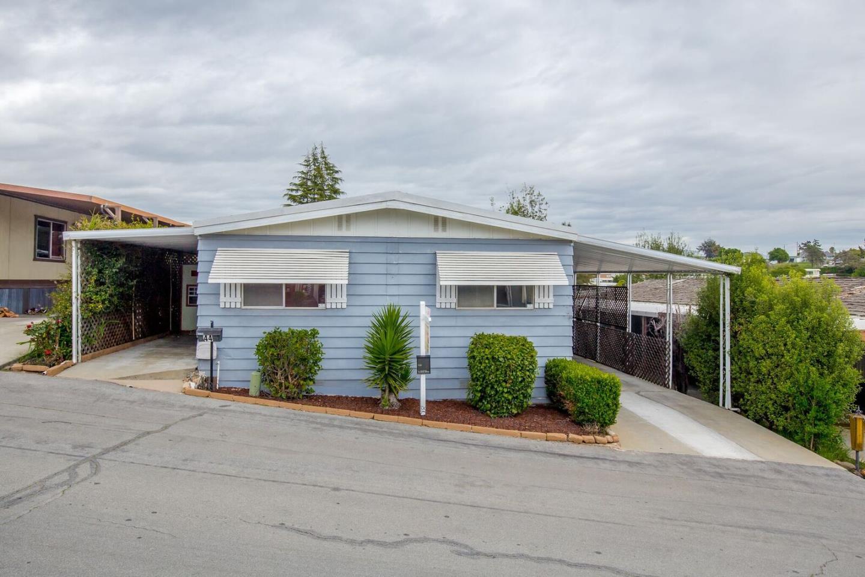 Einfamilienhaus für Verkauf beim 1007 FREEDOM Boulevard Watsonville, Kalifornien 95076 Vereinigte Staaten
