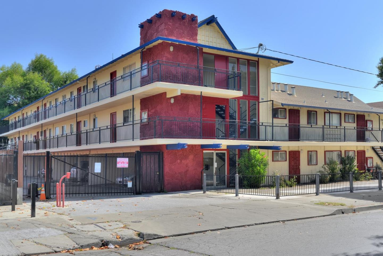 多戶家庭房屋 為 出售 在 301 E Okeefe Street 301 E Okeefe Street East Palo Alto, 加利福尼亞州 94303 美國