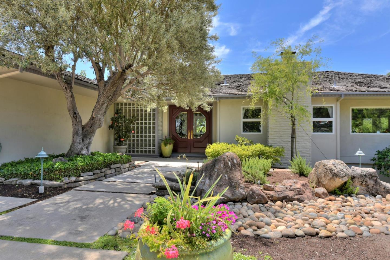 獨棟家庭住宅 為 出售 在 18364 Oak Drive Monte Sereno, 加利福尼亞州 95030 美國