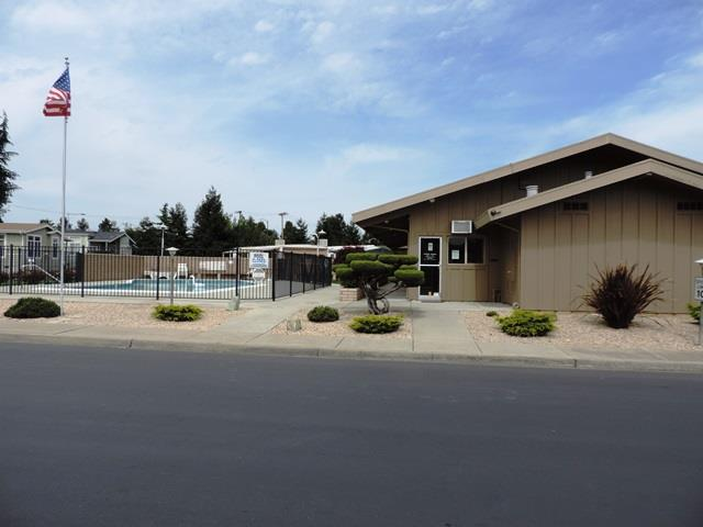 Additional photo for property listing at 325 Sylvan Avenue  Mountain View, カリフォルニア 94041 アメリカ合衆国