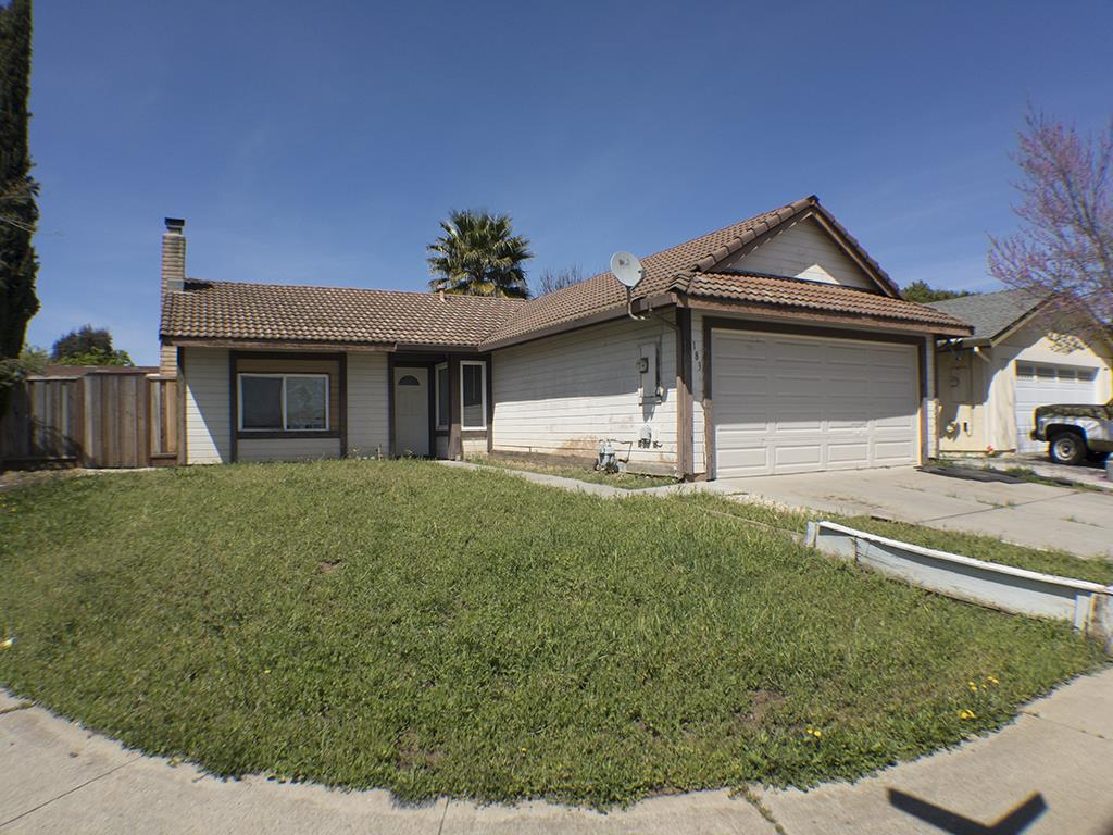 Additional photo for property listing at 183 W Las Animas Avenue  Gilroy, California 95020 United States
