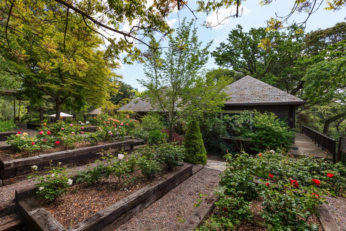 Additional photo for property listing at 170 Josselyn Lane  Woodside, 加利福尼亞州 94062 美國