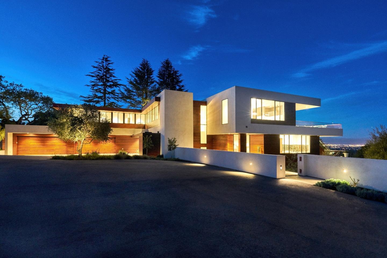 Einfamilienhaus für Verkauf beim 10718 Mora Drive 10718 Mora Drive Los Altos Hills, Kalifornien 94024 Vereinigte Staaten