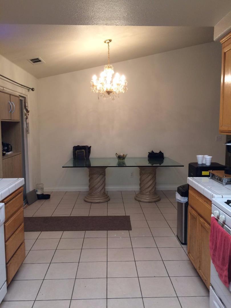 Additional photo for property listing at 3843 Hartvickson Lane 3843 Hartvickson Lane Valley Springs, California 95252 Estados Unidos